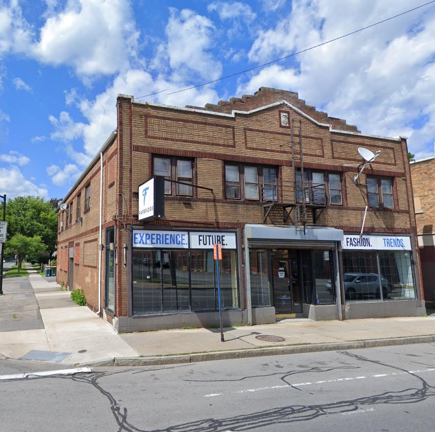 1006 Lyell Avenue